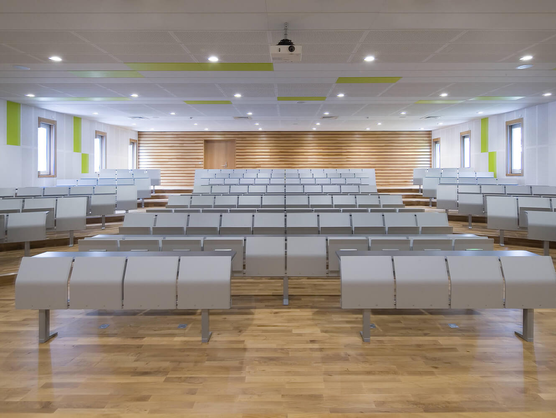 Centre Hospitalier Le Vinatier - Bron - E4000 Study Bench by LAMM