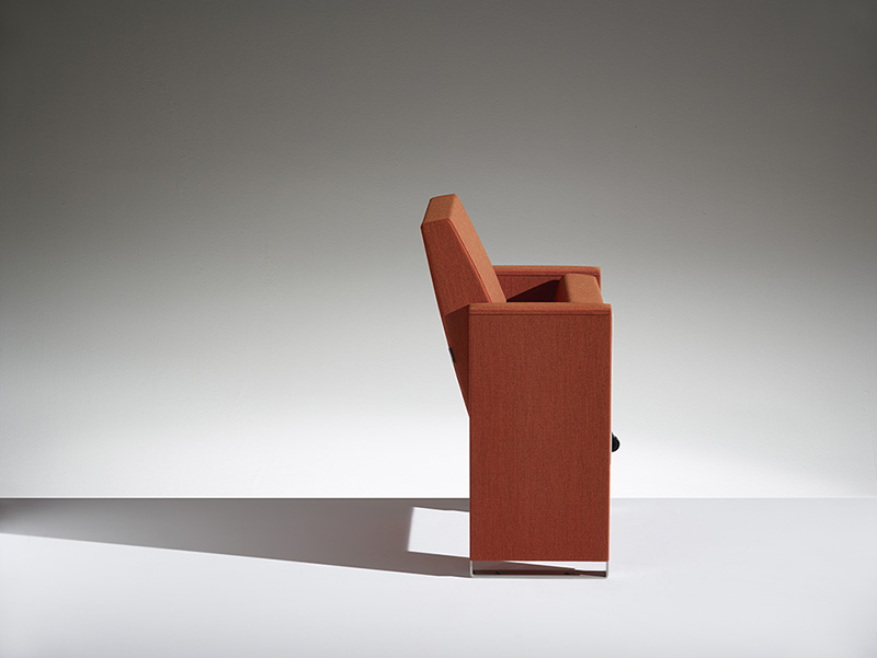 Conference armchair C100 LAMM