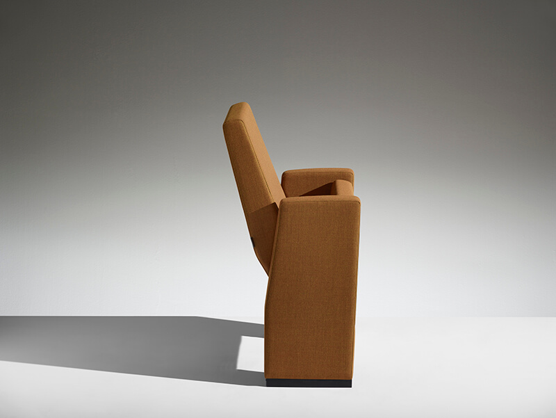 Conference armchair M100 LAMM