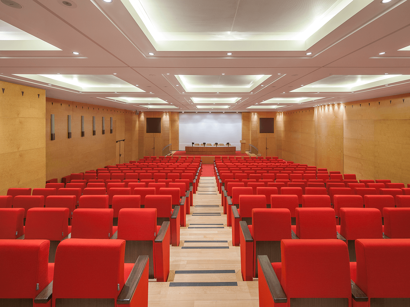 MGEN Headquarters Auditorium - C900 by LAMM