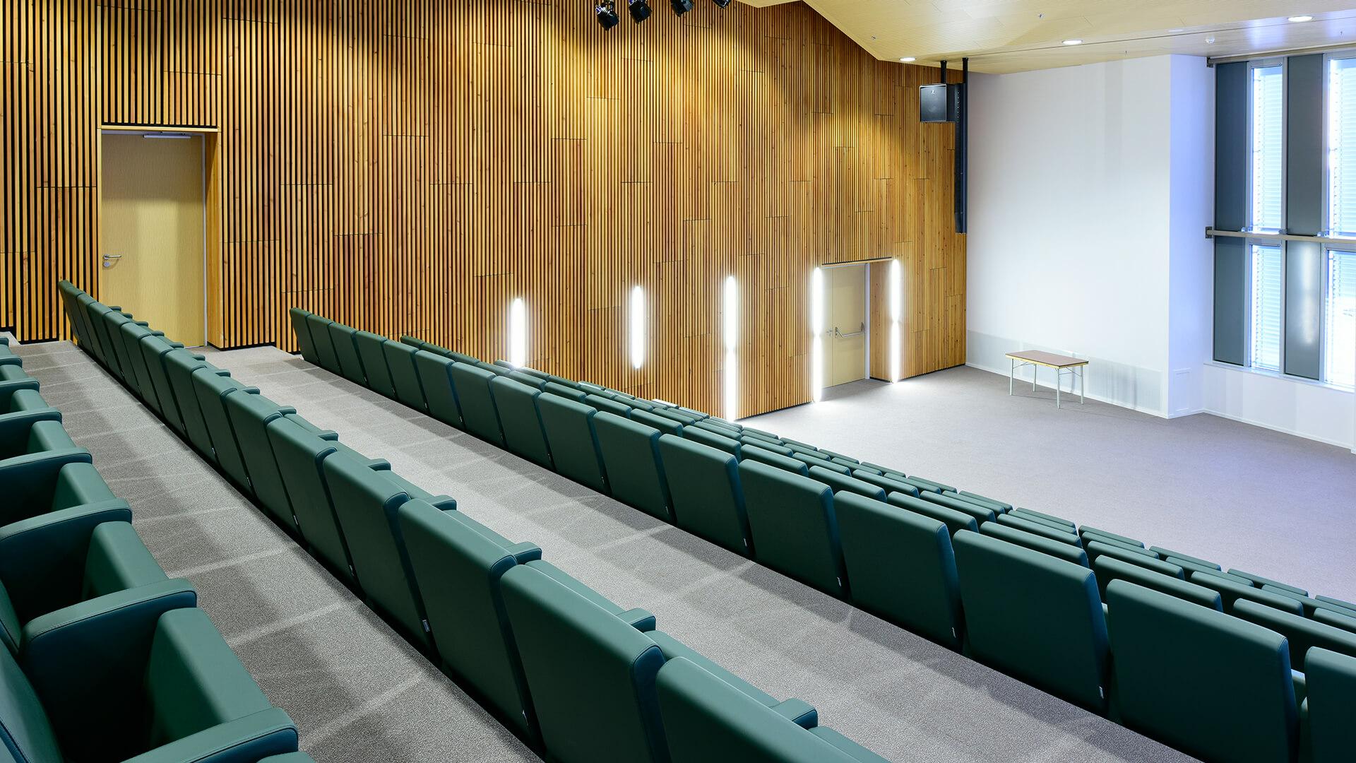 Medisch Spectrum Twente - M100 armchairs by LAMM