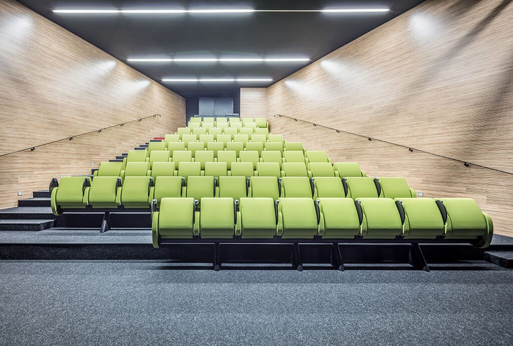 Multimedia Center La Passerelle in Vitrolles - TULIP by LAMM