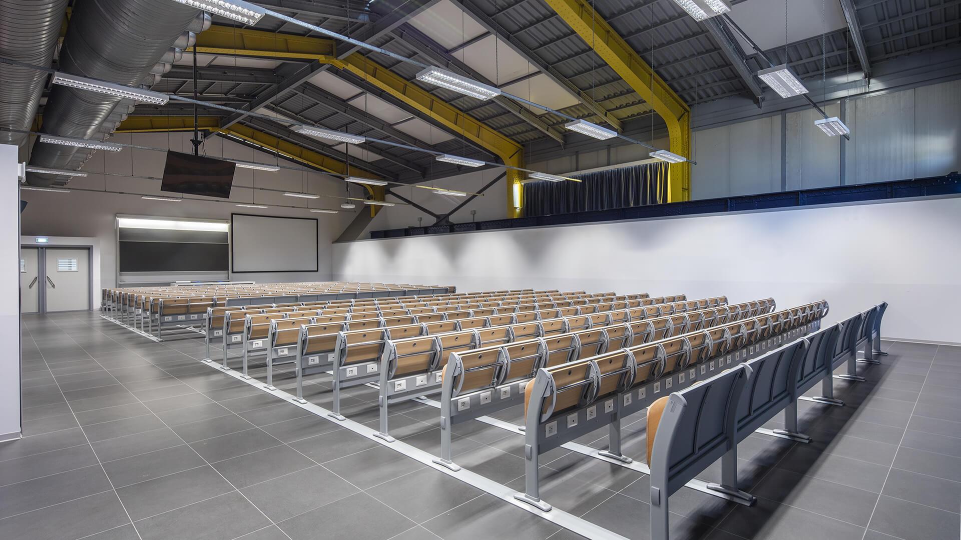 Politecnico di Milano - Campus Bovisa - Q3000 study bench by LAMM