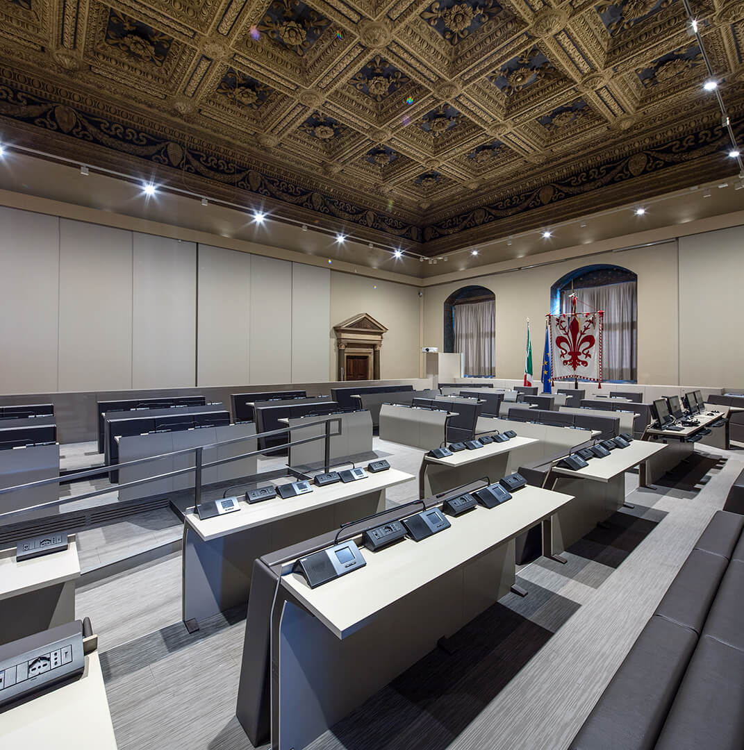Sala del Duecento Palazzo Vecchio - Firenze - Genya - E5000 by LAMM