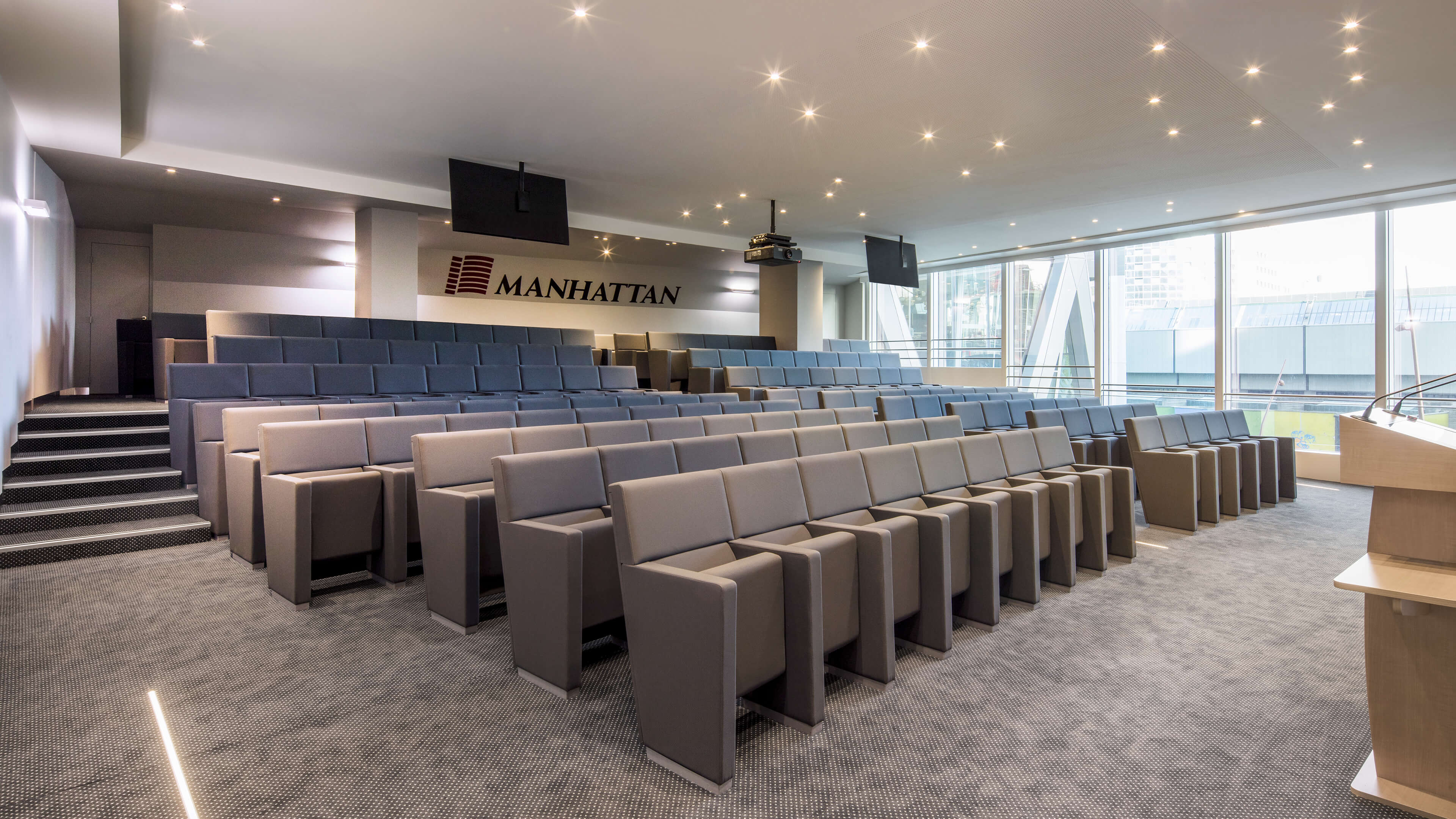 Tour Manhattan - L213 armchairs by LAMM
